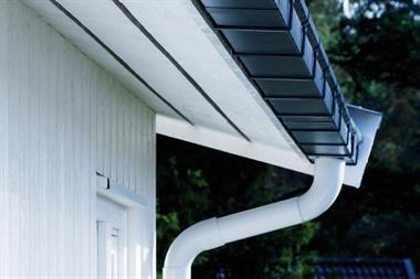 Встановлюємо водовідвідну систему в будинку